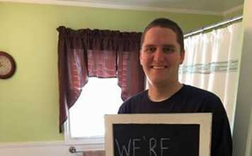 Hilarious Pregnancy Announcement With An Unexpected Twist!